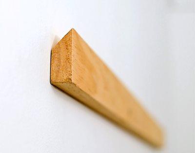 Крепление к стене на дюбель гвозди