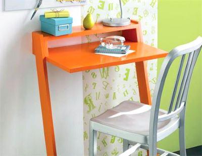 Легкий столик для ноутбука