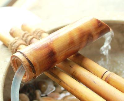 Фонтан из бамбука