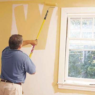 Снять шторы и убрать мебель
