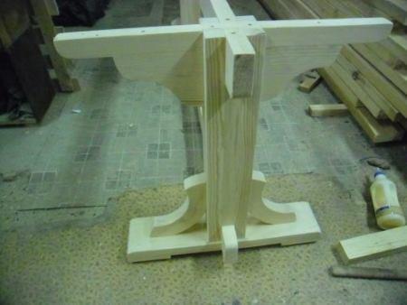 Сделать стол из массива