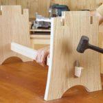 Стягивание деталей стола