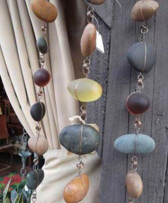 Сделать подвески из природных камней